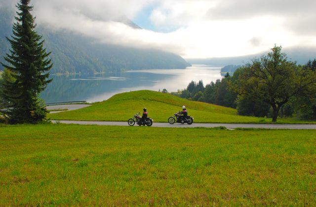 Kurvenspaß im Berge- und Seenparadies | ©Kärnten Werbung/Hinterschuster