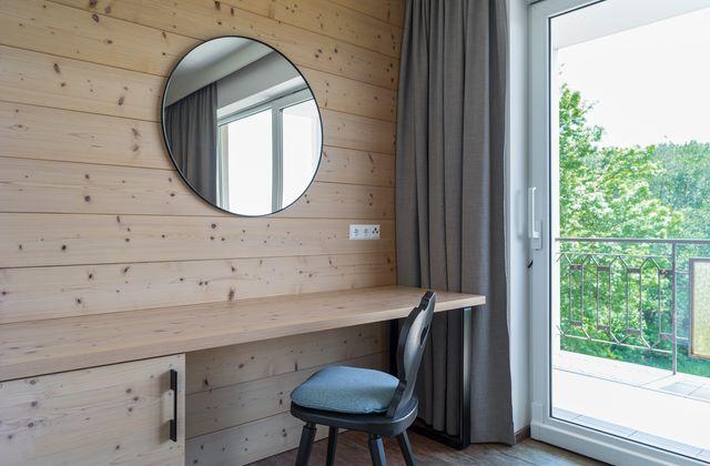 Waldstudio - Ausstattung mit Naturmaterialien ©Martin Steintahler (TINEFOTO)