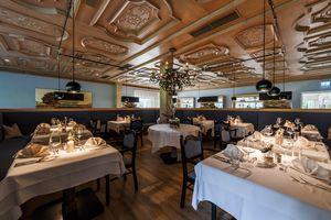 Gemütlicher Speisesaal im Hotel Streklhof